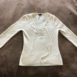 Arden B - Ivory sweater - size Medium